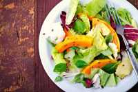 Herbst Salat mit Kürbiskernöl Dressing